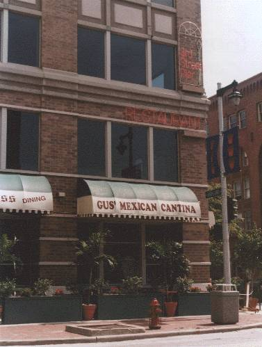 Gus' Mexican Cantina , Milwaukee