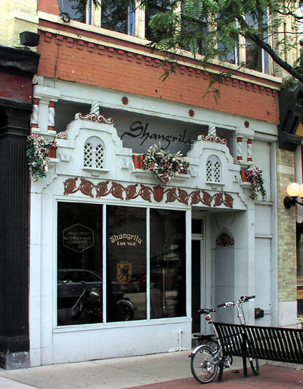 Shangrila Lounge , Milwaukee