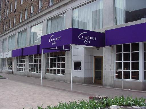 Coaches Cafe , Evanston