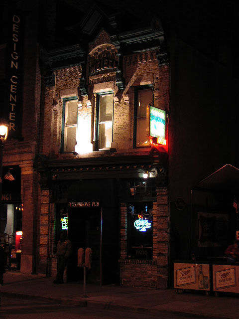Fitzgibbons Pub , Milwaukee