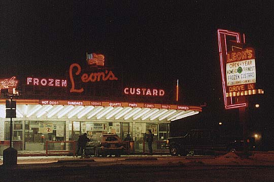 Milwaukee , Leon's Frozen Custard Stand