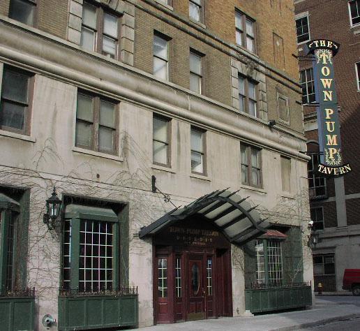 The Town Pump Tavern , Detroit