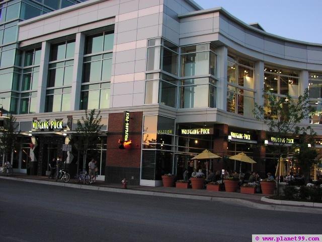 Wolfgang Puck Cafe , Evanston
