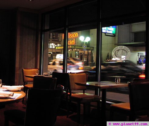 Legal Sea Foods , Chestnut Hill