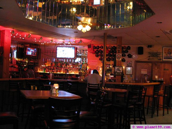 Boston , Seaport Bar and Grille