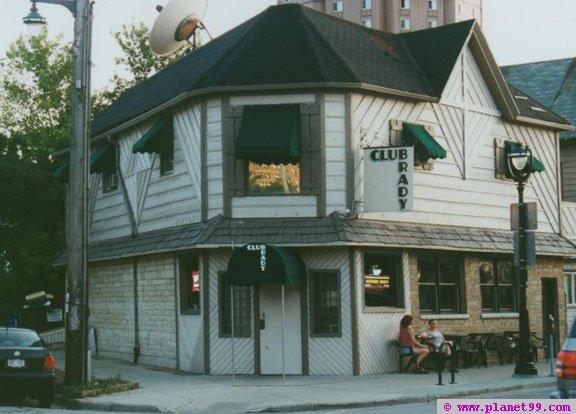 Club Brady , Milwaukee