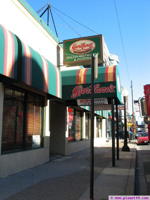Giordano's Pizzeria , Chicago