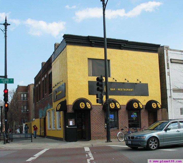 T's Bar , Chicago