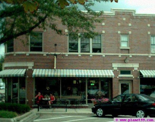 Egg Lectic Cafe , Wheaton