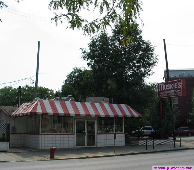 Muskie's , Chicago