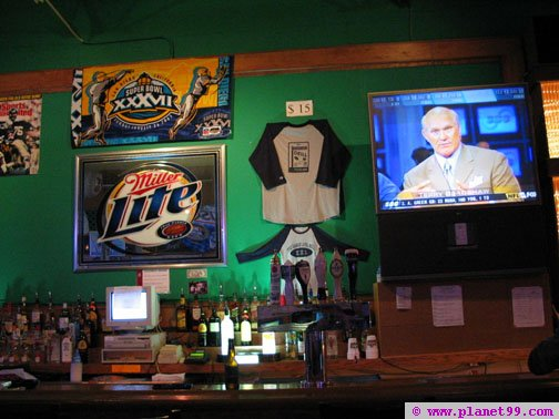 Damen Avenue Sports Bar  , Chicago