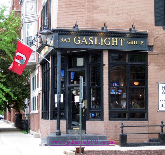 Gaslight Bar and Grille , Chicago