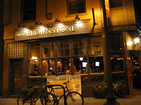 Chicago , Brownstone Tavern and Grill