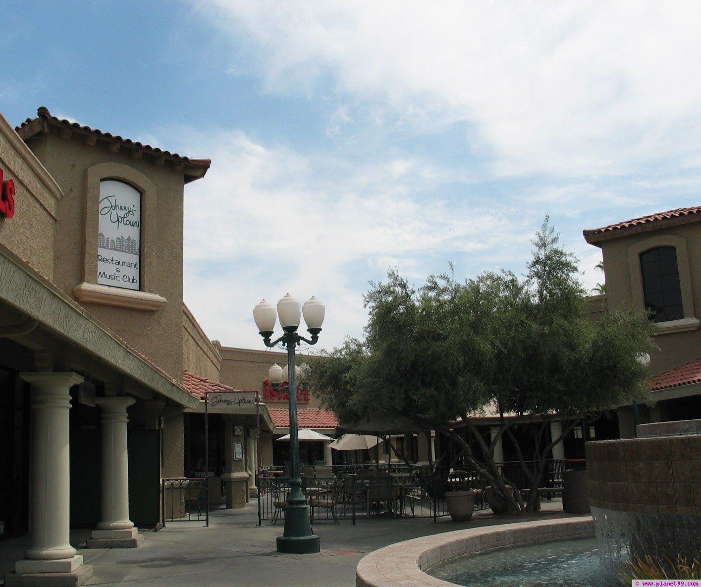 Johnny's Uptown Restaurant and Music Club , Phoenix