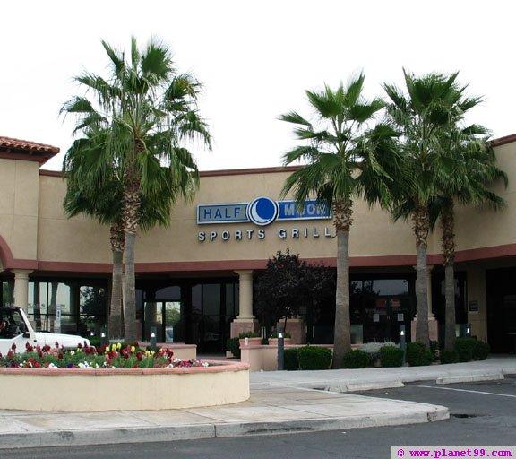 Half Moon Sports Grill , Phoenix