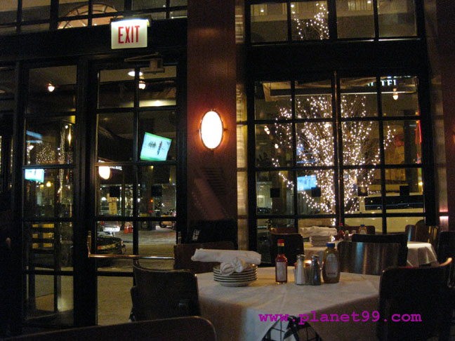 Luxbar , Chicago