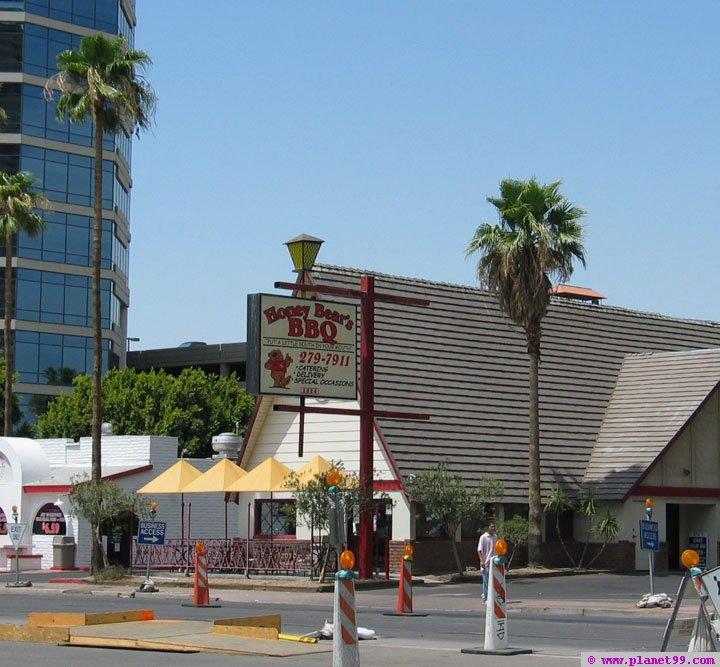 Honey Bear's BBQ , Phoenix