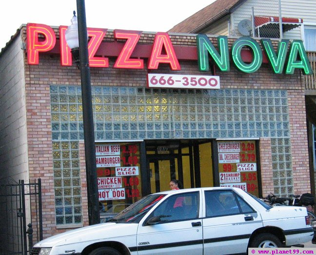 Pizza Nova , Chicago