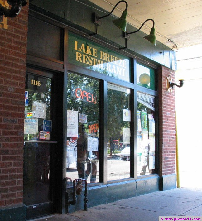 Lake Breeze Restaurant , Chicago