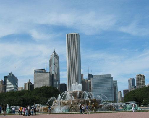 Buckingham Fountain , Chicago