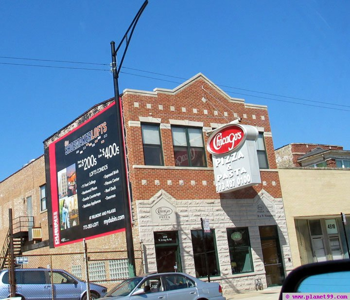 Chicago , Chicago's Pizza and Pasta