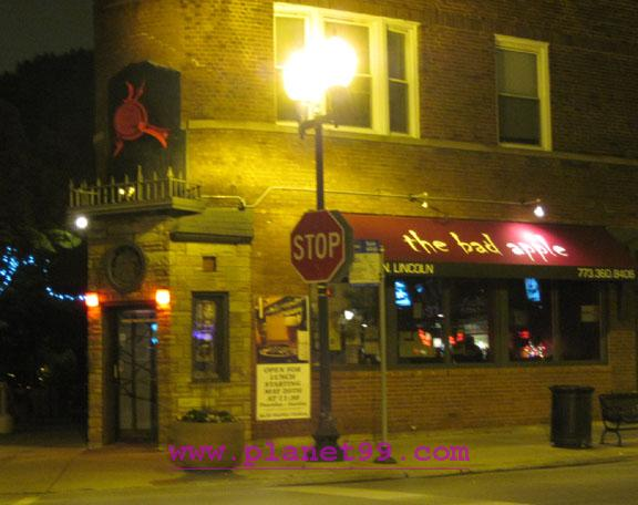 Bad Apple Bar and Grill , Chicago
