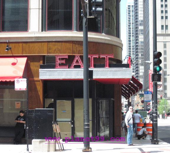 Eatt  , Chicago