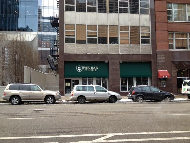 Par Bar and Grille , Chicago