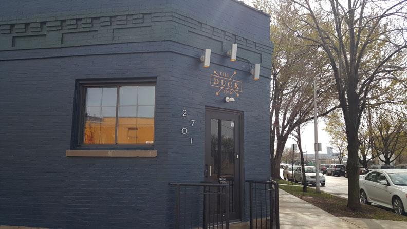 Duck Inn , Chicago