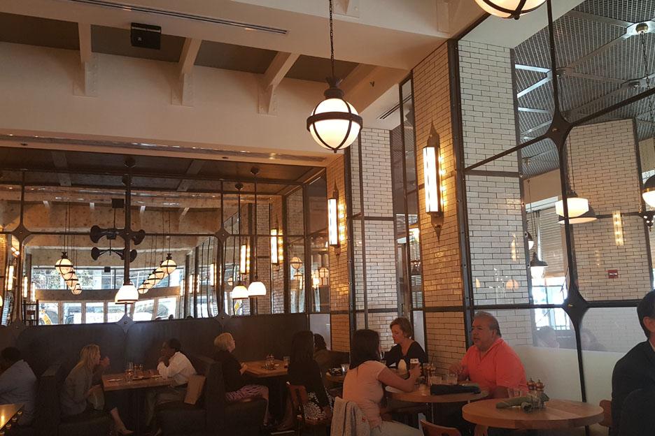 Dearborn Urban American Grill , Chicago