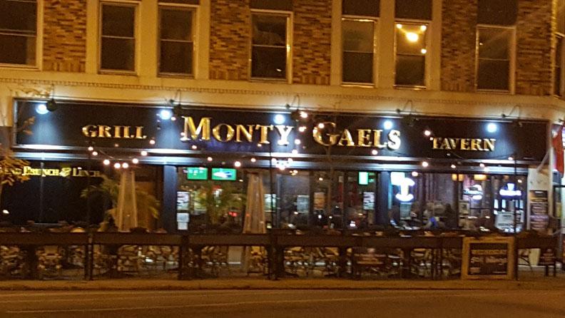 Monty Gaels Tavern , Chicago