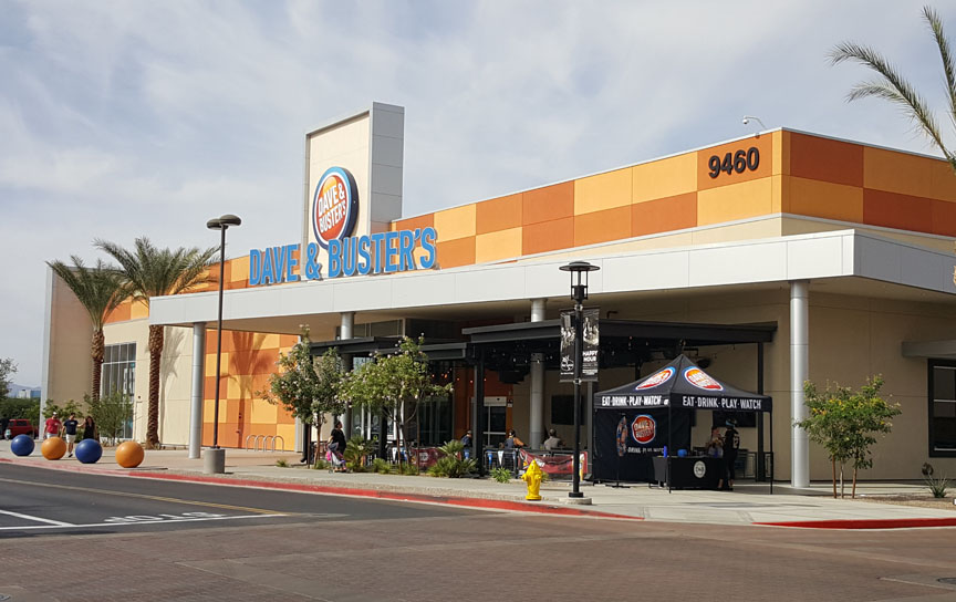 Dave and Buster's , Glendale