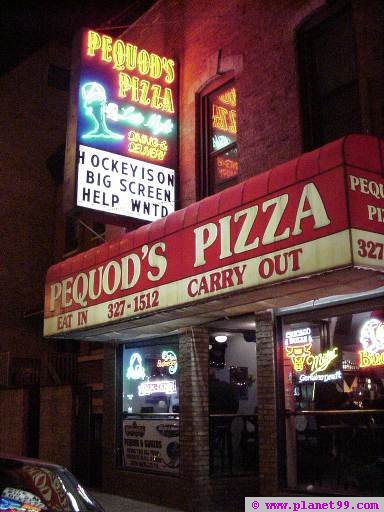 Chicago , Pequod's Pizza