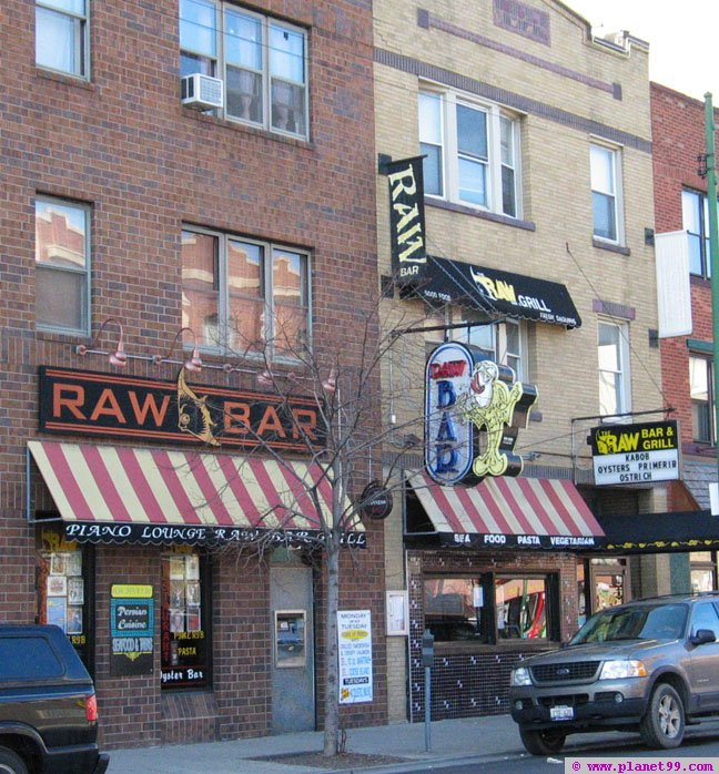 Chicago , Raw Bar and Grill