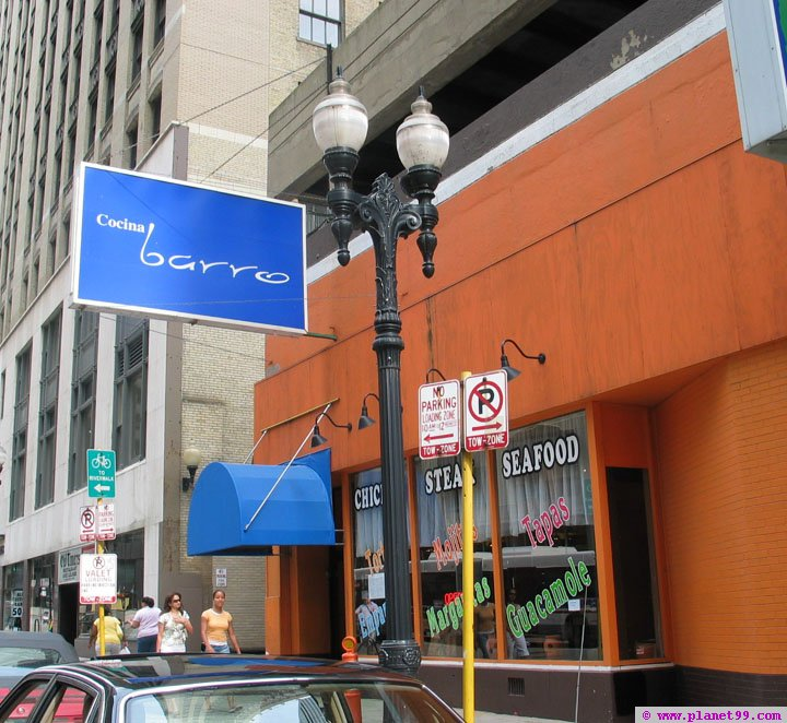 Salvador's Barro Mexican Cuisine , Chicago