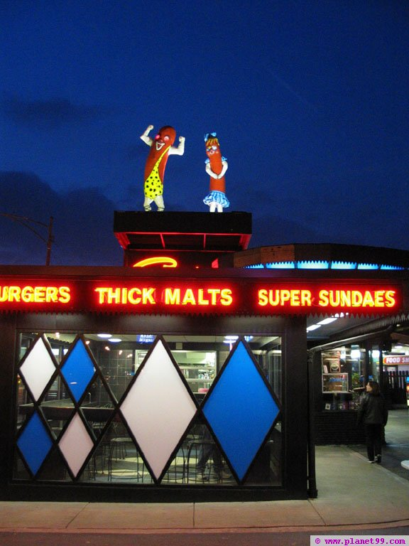 Chicago , Superdawg Drive Inn