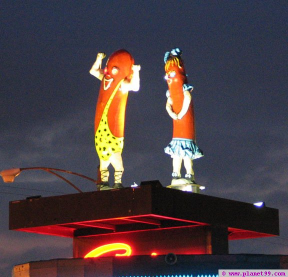Superdawg Drive Inn , Chicago