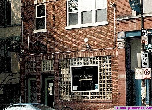 Lemmings on Damen , Chicago