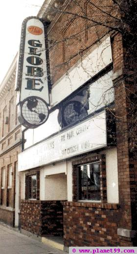 Milwaukee , Globe