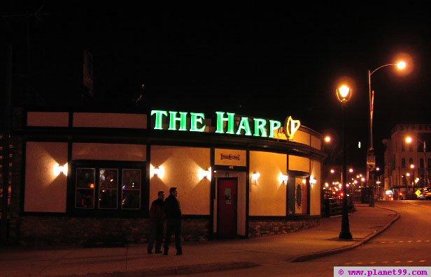 Milwaukee , Harp Irish Pub
