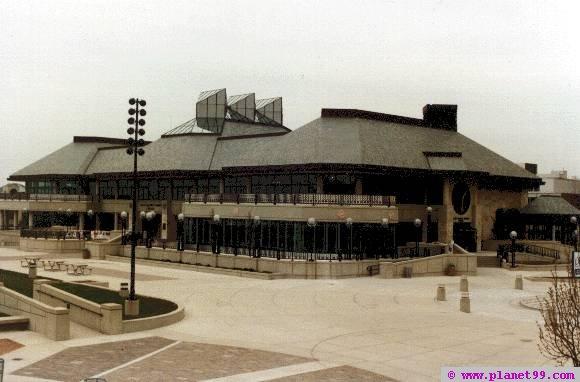 Pavilion Restaurant and Lounge  , Milwaukee