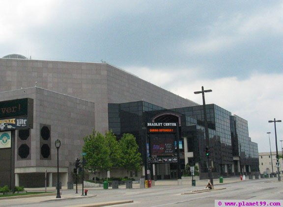 Bradley Center , Milwaukee