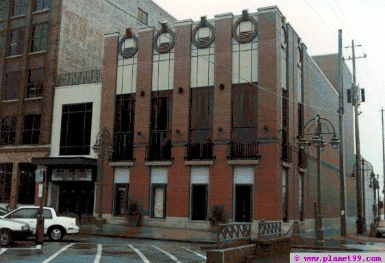 Broadway Music Center , Milwaukee