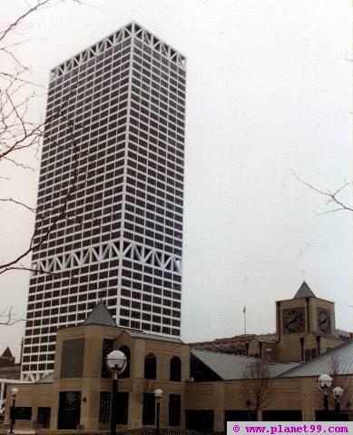 Firstar Center , Milwaukee