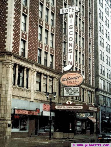 Hotel Wisconsin , Milwaukee