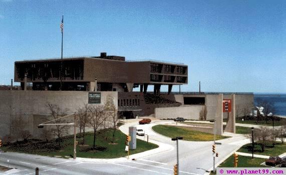 War Memorial Center , Milwaukee