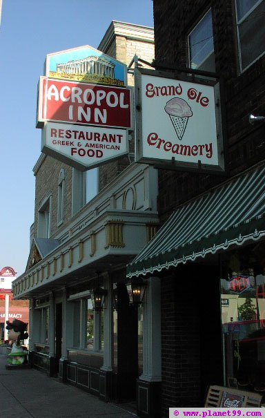 Acropol Inn Restaurant , St Paul
