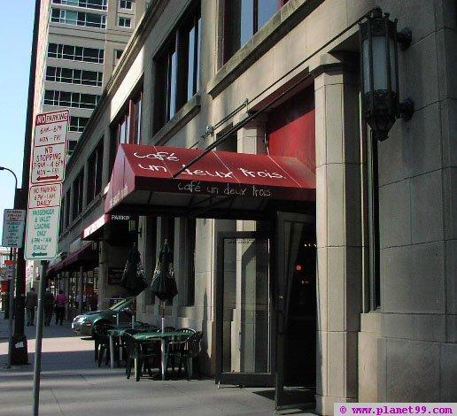 Cafe Un Deux Trois , Minneapolis