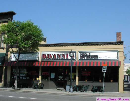 Davanni's Pizza and Hot Hoagies , Minneapolis