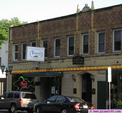 Tavern on Grand , St Paul